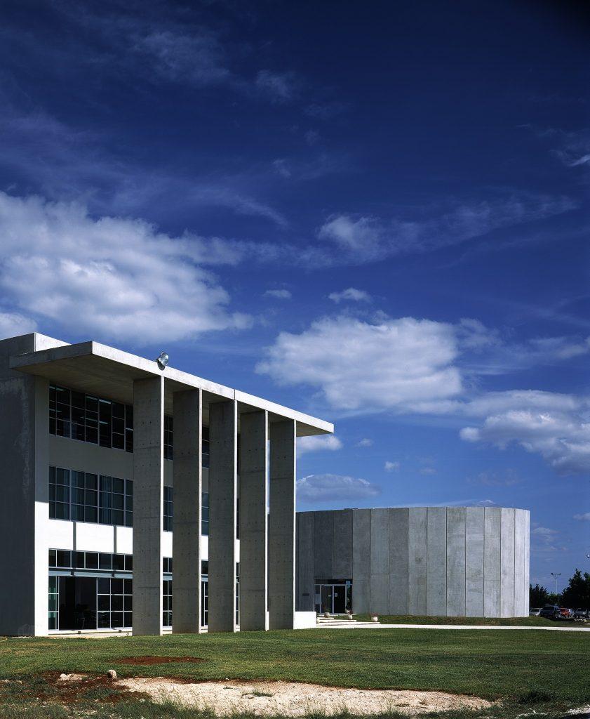 Biblioteca Universidad Marista - 06