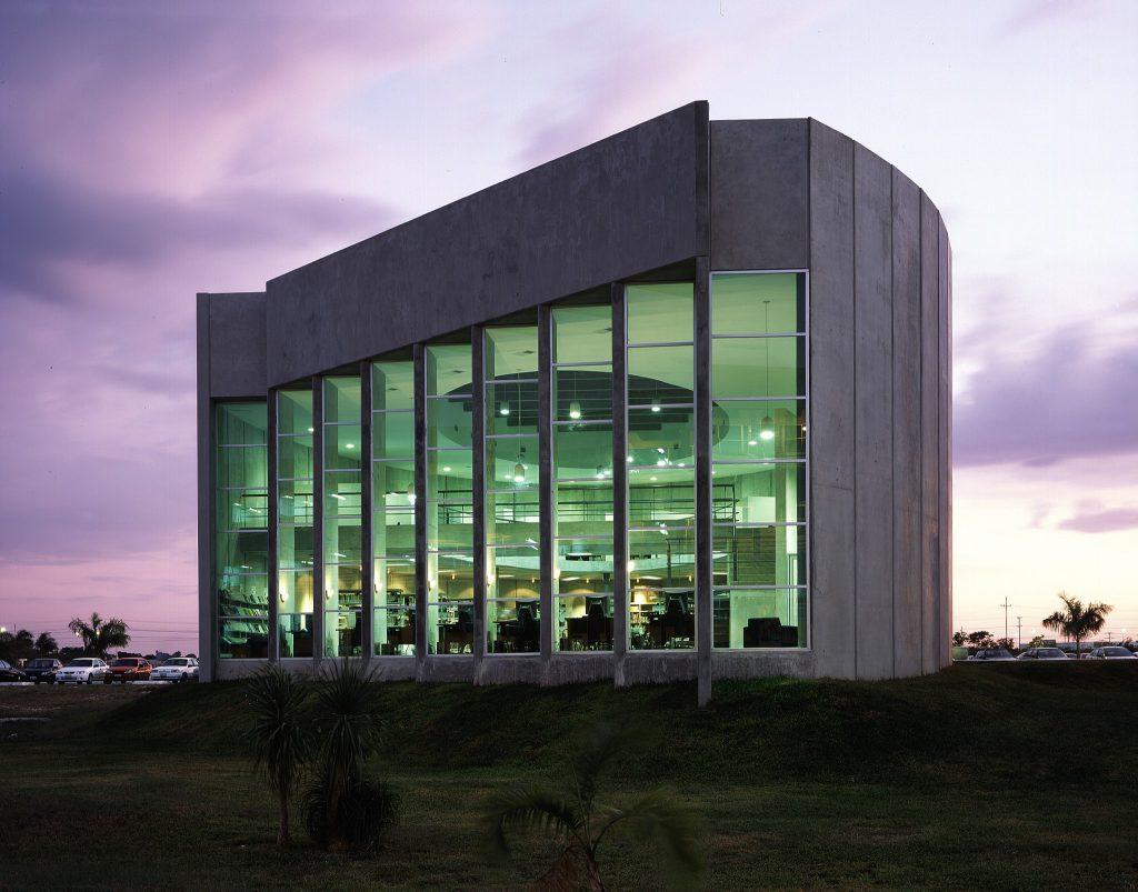 Biblioteca Universidad Marista - 08