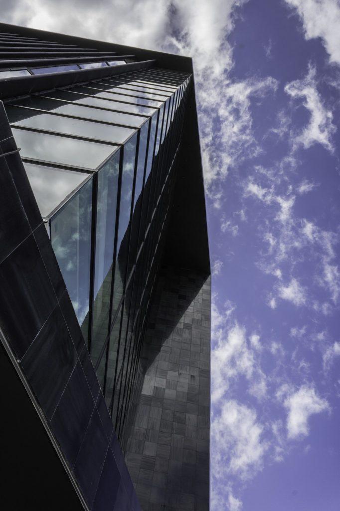 Torre Black 10