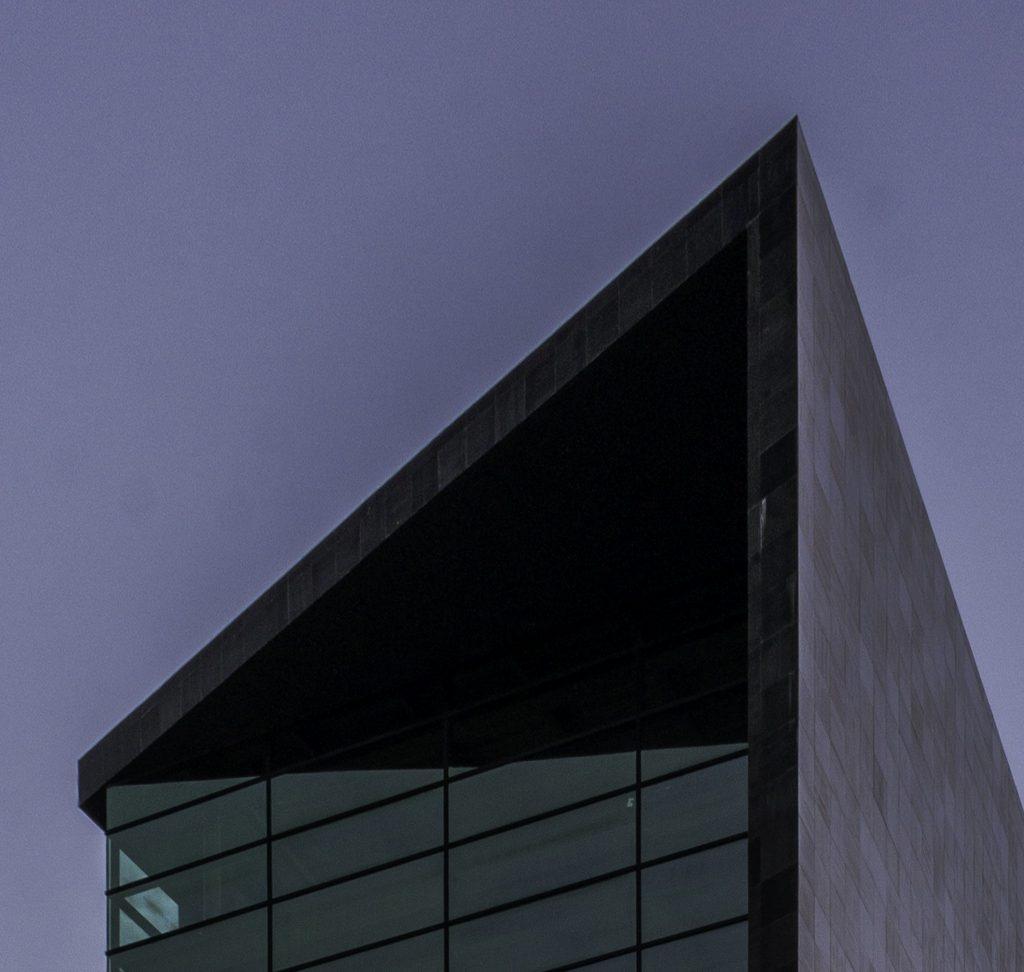 Torre Black 8